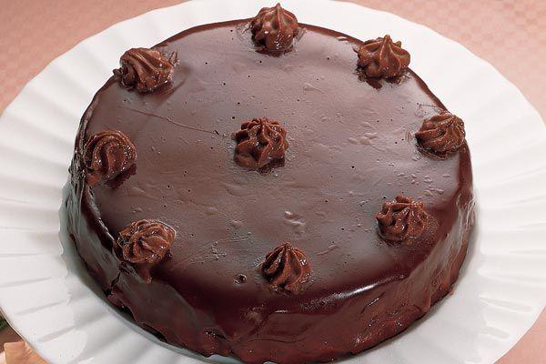 Schokoladen-Trüffel-Torte, ganz