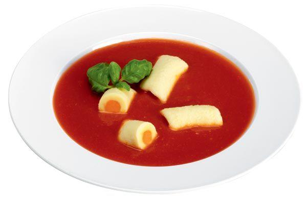 Tomatensuppe mit gefüllten Gnocchi