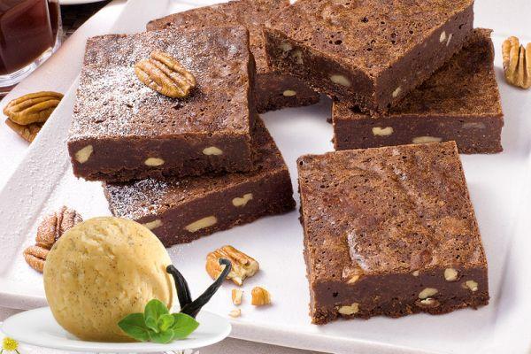 Brownies mit Vanille Eis