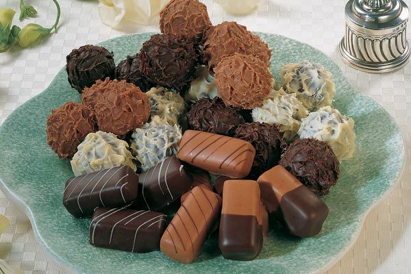 Schokoladentrüffel und Pralinen